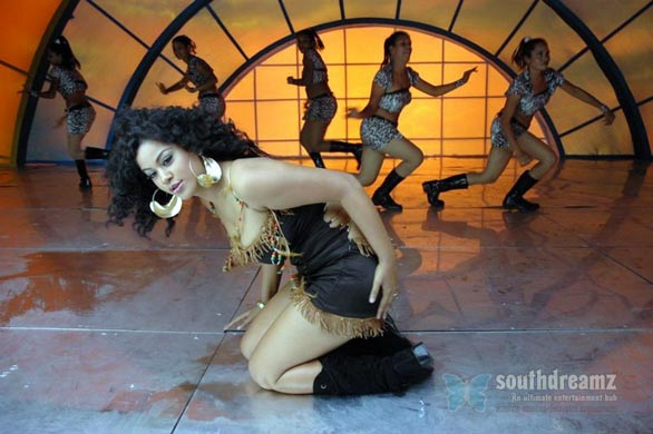 download mumaith khan glamour stills 38 Awesome Mumaith Khan photos