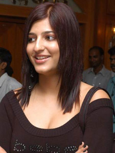 kamal suruthi hasan photo 2 Shruthi Hassan Photo Gallery