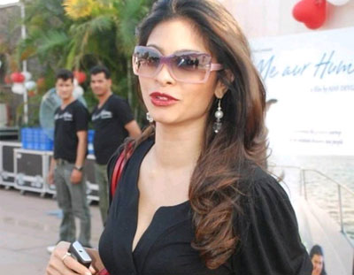 tanisha gallery Tanisha Mukherjee in Black Gown