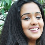 Nadodigal actress Ananya says NO to Glamour
