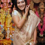 Aishwarya Dhanush inaugurates golu Photo Gallery