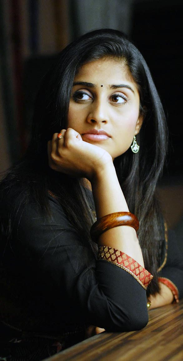http://www.southdreamz.com/wp-content/uploads/2009/09/homely-actress-sharmili-stills-05.jpg