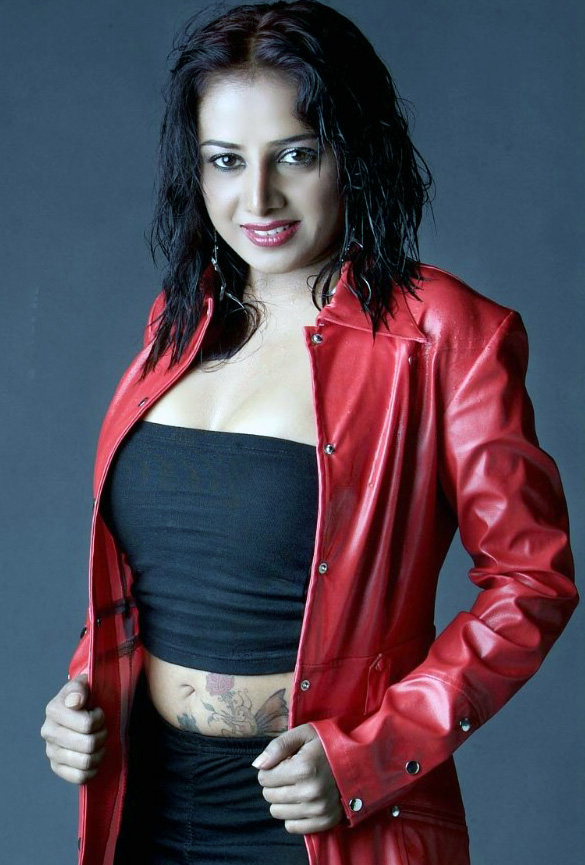 Actress-Gayathri-Rajagopal-sexy-stills-images-pictures-photo-gallery-10