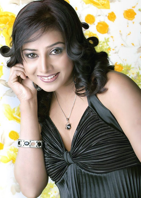 Actress-Gayathri-Rajagopal-sexy-stills-images-pictures-photo-gallery-12