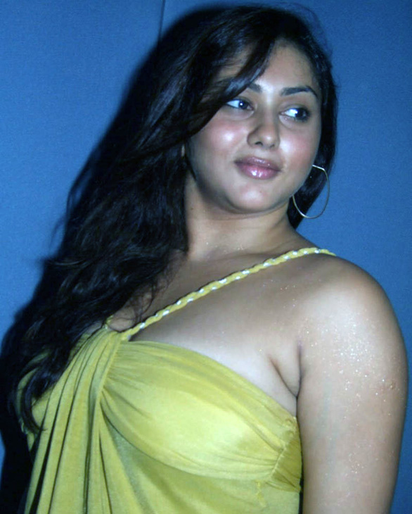 Namitha-Speaks-About-Jagan-Mohini-stills-07