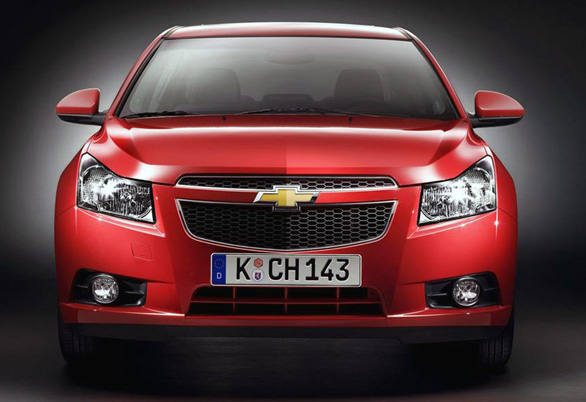 chevrolet-cruze-launched-in-new-delhi-1