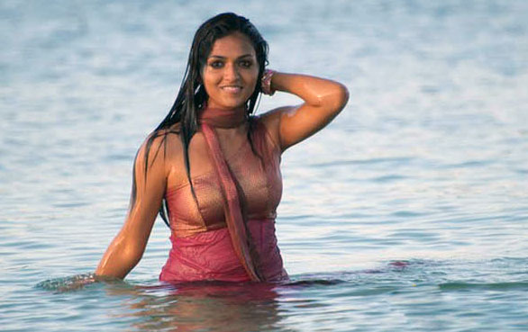 sunaina yathumaagi sexy 14 Sunaina hot sexy photo gallery