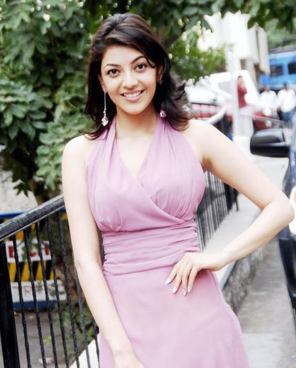 actress-kajal-agarwal-sizzles-on-ramp-stills-images-photos-gallery-100