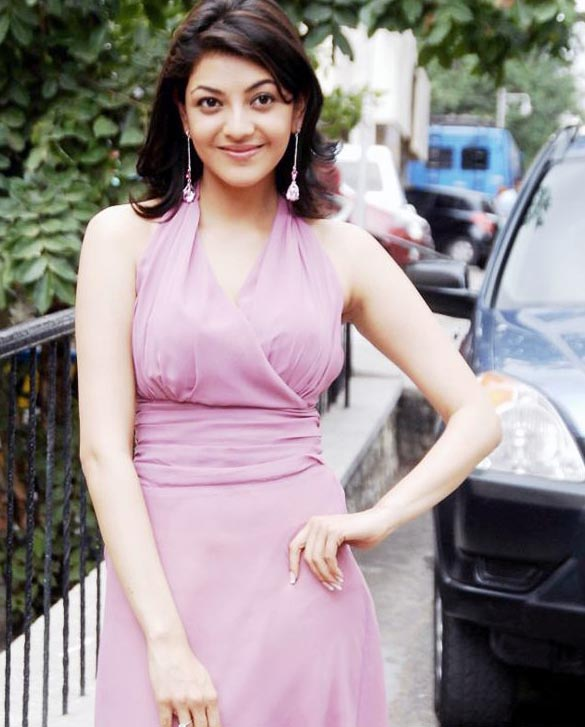 actress-kajal-agarwal-sizzles-on-ramp-stills-images-photos-gallery-78