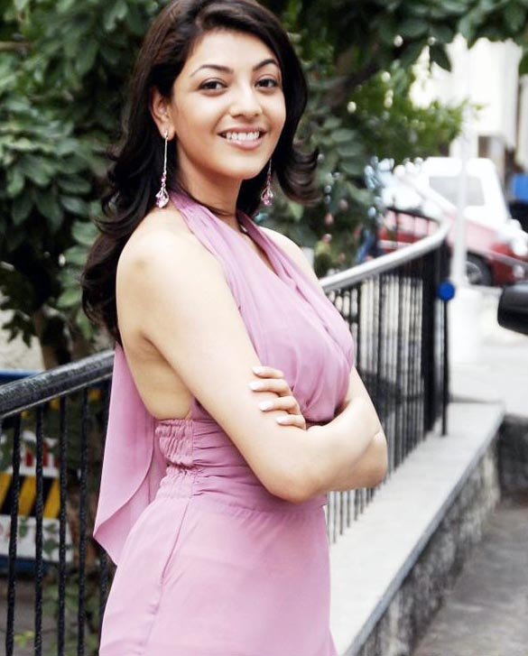 actress-kajal-agarwal-sizzles-on-ramp-stills-images-photos-gallery-96