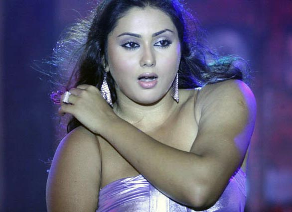 Actress namitha terror photo   very hot gallery