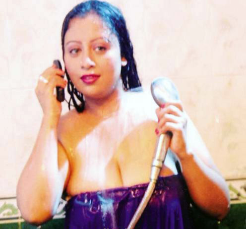 south-indian-actress-aking-bath-pictures-1