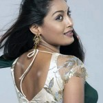 Kollywood spicy actress Sniktha photo gallery