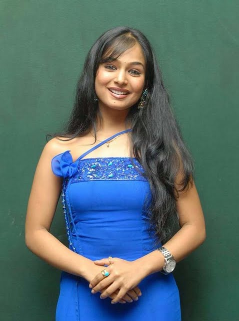 south indian sexy actress kalyani poornitha stills 14 Tamil actress Kalyani a.k.a Poornitha photo gallery