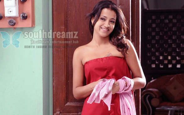 trisha stills 076 South Indian girls in towel bathing dress   Very rare pictures