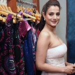 bollywood-actress-ameesha-patel-hot-gallery-1