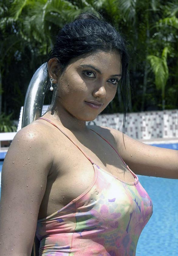glam queen Sona Sokkali bikini photos 21 Sokkali movie love making photo gallery