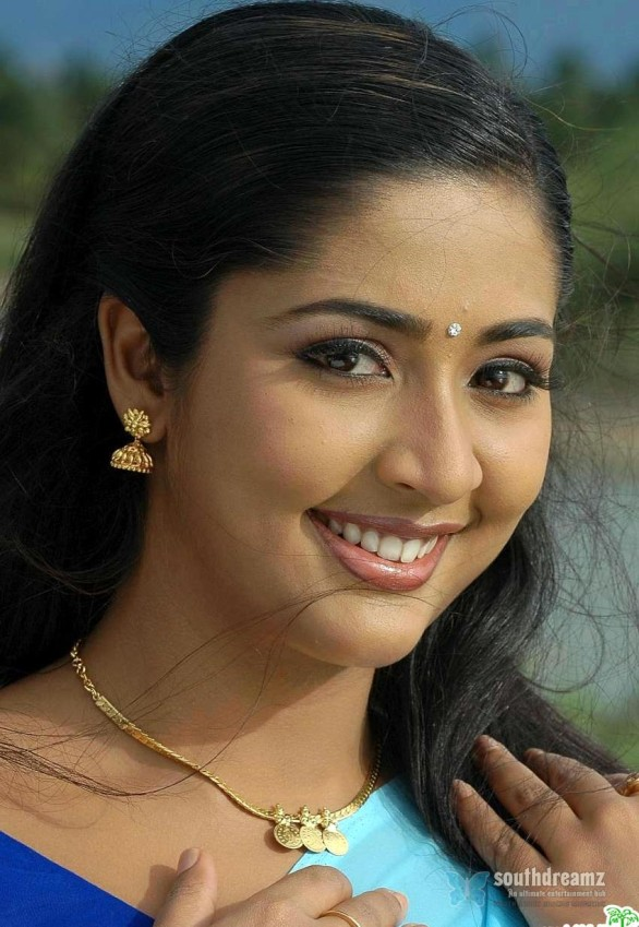 mallu masala actress navya nair hot and sexy unseen photos 20 586x849 Navya Nair