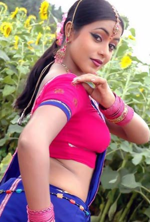 actress Poorna Poorna becomes Slum Queen