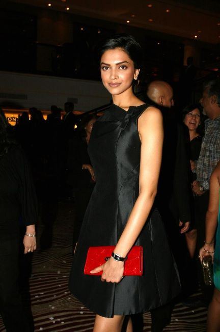 bollywood stars louis vuitton store opening stills pictures 6 Louis Vuitton Store Opening Photos