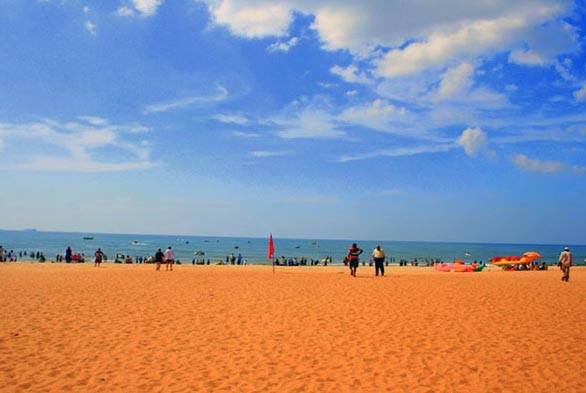 calangute beach goa Top 10 Luxurious beaches in Goa