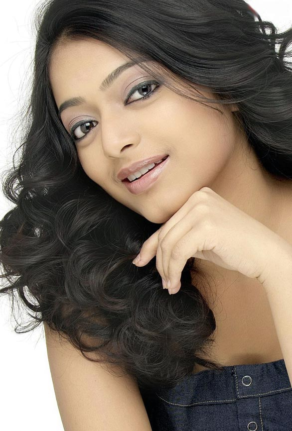 malayalam actress janani iyes spicy photo pictures gallery 4 Actress Janani Iyer Photo Gallery