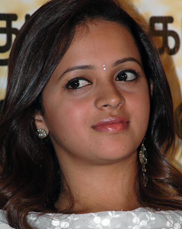 tamil telugu malayalam actress bhavana hot spicy stills 29 Actress Bhavana photo gallery