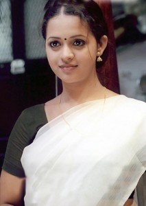 tamil-telugu-malayalam-actress-bhavana-hot-spicy-stills-32