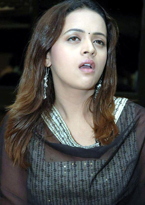 tamil telugu malayalam actress bhavana hot spicy stills 42 Actress Bhavana photo gallery