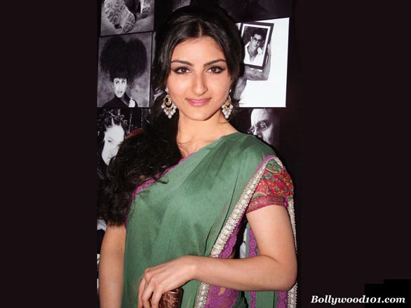 soha ali khan hot sexy and beautiful wallpapers pictures 4 Soha Ali Khan Hot Sexy and Beautiful Wallpapers