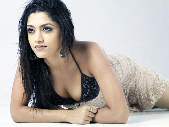 mamta mohandas1 Hot Top 50 South Indian Actresses