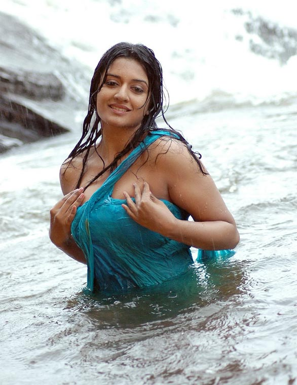 Top Vs Hot Kollywood and South Indian Actress  Review hot images