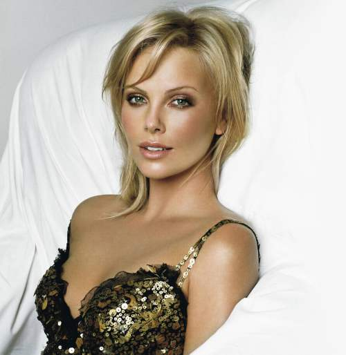 charlize theron 21 Southdreamzs top 100 Hottest Women of 2010