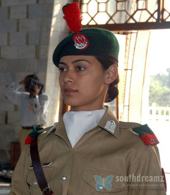 pakistan Top 50 Killer Military Girls