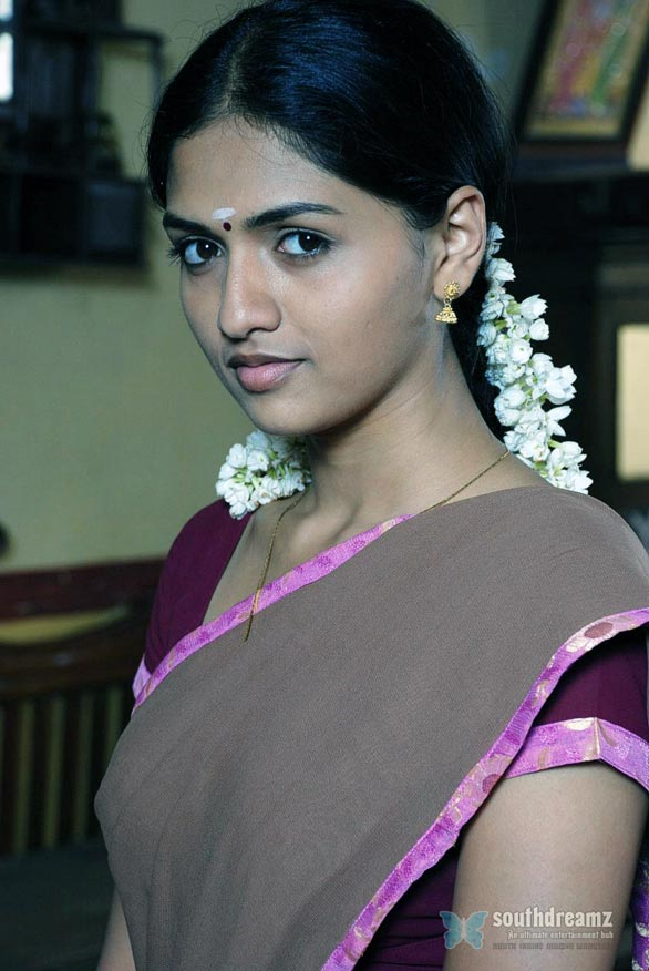 sunaina actress stills 10 Sunaina gallery