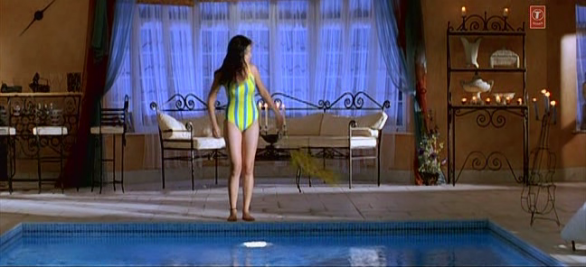 Actress Shriya in swimsuit hot pictures 586x267 Hot Shriya in swimsuit