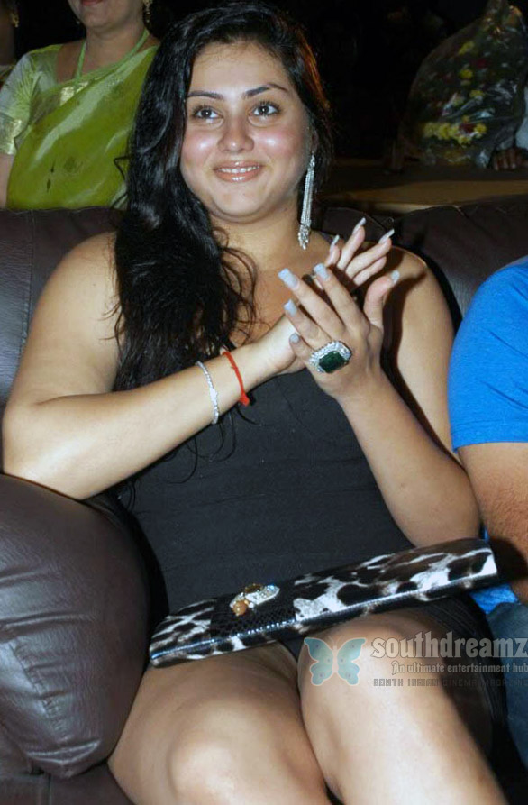 Namitha Im bad, please dont hate me   Namitha