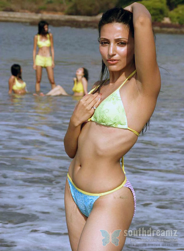 Top Indian Models in Bikini