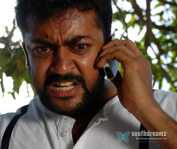 Rakta Charitra June Stills 012 Suriya not to speak Hindi
