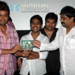 Suriya & Lingusamy share 1/4 cutting