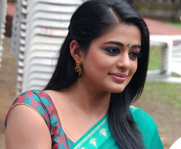 Picture of the day Priyamani Saree Sexy Photo Gallery Priyamani to do the role which Jyothika did in Kushi