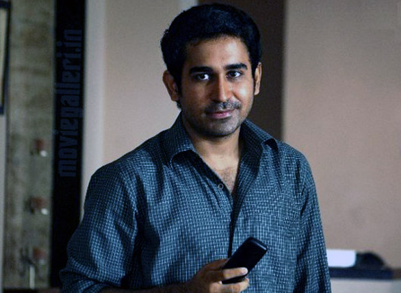 Vijay_Antony_Uthama_Puthiran_Movie
