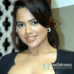 indian-actress-sameera-reddy-glamour-stills-1