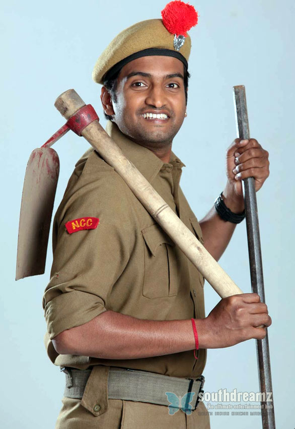 santhanam wallpaper06 The Kuthu in Santhanams Kanna Laddu Thinna Aasaiya