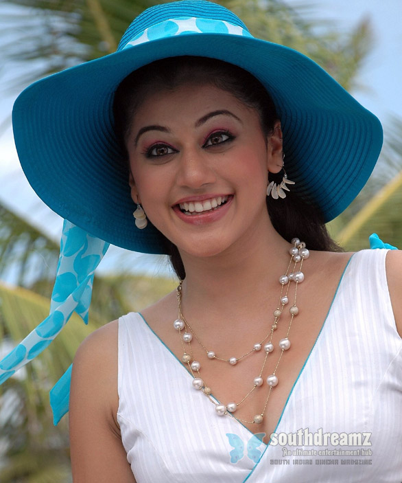 tapsi 4 Tapasee Pannu in Bollywood films