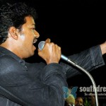 Vijay supports ADMK