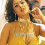 Nikeesha Patel worried as the hero of her debut flick Thalaivan arrested