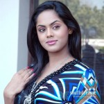 Bharathiraja employs Bodyguard for Karthika
