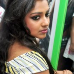 Amala Paul loves partying around with leading heroes