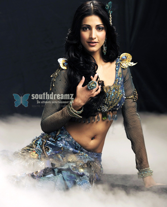 shruti hassan hot pic 27 Shruti Hassan in love with Siddharth?